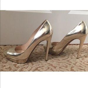 Prada Gold metallic peep toe Pumps Size 40